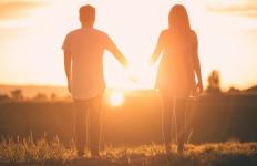 Curiga Pasangan Selingkuh, Ketahui 4 Tandanya - JPNN.com