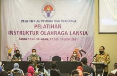 Kemenpora Tingkatkan Kualitas Instruktur Olahraga Lansia - JPNN.com