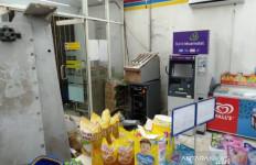 Uang Ratusan Juta di ATM Lenyap, Lihat Kondisi TKP, Berantakan Banget - JPNN.com