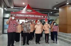 Teh Pucuk Harum dan DWP Jakarta Serahkan Bantuan Tenda Satgas Covid-19 - JPNN.com