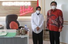 Burhanuddin Muhtadi: Mensos Bu Risma Sosok Visioner Menjawab Tantangan Digital - JPNN.com