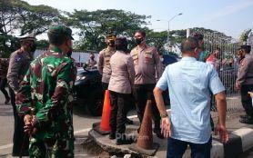 Ricuh di Penyekatan Suramadu, Polda Jatim Tambah Personel- JPNN.com Jatim