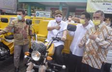Ditodong Pertanyaan soal Pilpres, Airlangga Hartarto: Nyambut Gawe Dhisik - JPNN.com