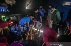 Kafe Melanggar Prokes Digerebek Bima Arya, Lihat Reaksi Pengunjungnya - JPNN.com
