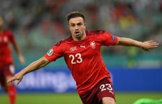 Cetak Dua Gol Kemenangan Swiss, Gelandang Liverpool Jadi Pemain Terbaik - JPNN.com