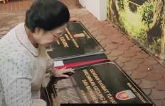 Megawati Meresmikan Rumah Adat, Monumen, dan Jalan Soekarno di Maluku - JPNN.com
