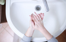 3 Penyebab Anda Sering Buang Air Kecil - JPNN.com