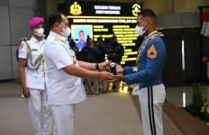 Sermatutar Always Giving Meraih Adhi Makayasa, Putra Juru Parkir - JPNN.com