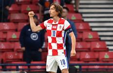 Luka Modric Cemerlang, Kroasia Tembus 16 Besar - JPNN.com