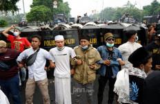 Pakar Hukum Menilai Respons Habib Rizieq Sudah Benar - JPNN.com