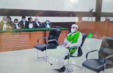 Lebih Ringan, Menantu Rizieq Divonis 1 Tahun Penjara Atas Kasus RS Ummi - JPNN.com