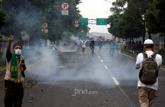Terungkap Pemicu Bentrok Massa Pendukung HRS vs Polisi, Oh Ternyata - JPNN.com