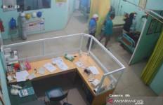 Rekaman Pemukulan Perawat Ini Viral, Pelakunya Siap-siap Saja - JPNN.com