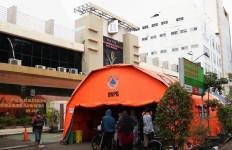 Covid-19 Menggila, Layanan IGD RSUD Kota Bekasi Pindah ke Tenda Darurat - JPNN.com