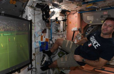 Kisah Astronot Prancis Nonton EURO 2020 Sambil Melayang - JPNN.com