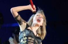 Taylor Swift Gelar Show Rahasia untuk Kejutkan 200 Penggemar - JPNN.com