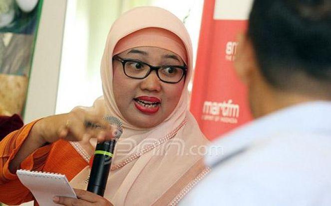 SMKN 2 Padang Wajibkan Siswi Nonmuslim Berjilbab, KPAI: Itu Intoleran & Melanggar HAM