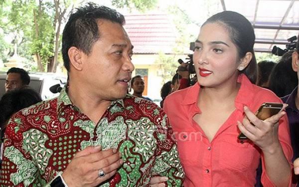 3 Berita Artis Terheboh: Anang Bongkar Kelakuan Aneh Ashanty, Putri Delina Dihujat - JPNN.com