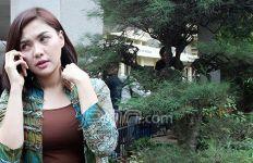 Vicky Shu Sedih Tak Bisa Sungkeman dengan Orang Tua - JPNN.com
