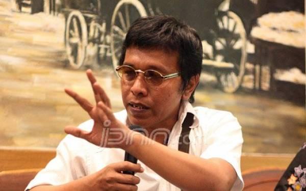 Teddy: Kalau yang Bicara Pemakzulan Jokowi Itu Budiman atau Adian, Masih Pantas - JPNN.com