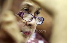 Info dari Bu Menkes: Pak Wiranto Sudah Bisa Berjalan - JPNN.com
