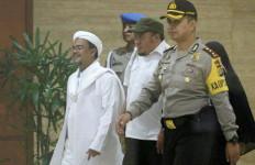 Datangi Mapolda Bali, Serahkan Video Ceramah Habib Rizieq Shihab - JPNN.com