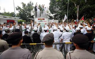 5 Berita Terpopuler: FPI Bisa Lawan Musuh dengan Bahan Peledak? Ali Ngabalin Kritik Tajam, Panglima TNI Terbitkan SK - JPNN.com