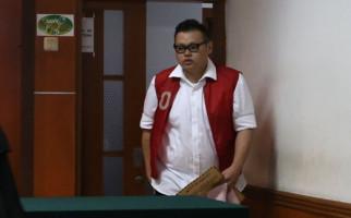 Usai Divonis 4,5 Tahun Penjara, Reza Bukan Pasrah Bakal Dicerai Istri - JPNN.com