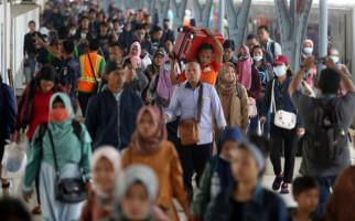 Abaikan Permintaan Menag Yaqut, Ribuan Santri di Malang Tetap Mudik Lebaran - JPNN.com