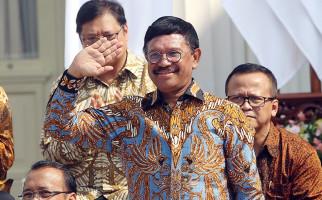 Menkominfo Minta WhatsApp Patuhi Aturan di Indonesia - JPNN.com
