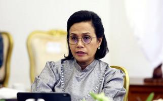 Suara Menkeu Sri Mulyani Bergetar, Menangis di Samping Suaminya - JPNN.com