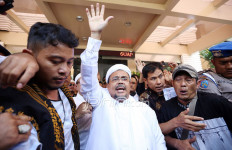 Habib Rizieq Disebut Kabur dari Rumah Sakit, Begini Penjelasan FPI - JPNN.com
