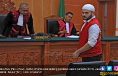 Curhat Ridho Rhoma Sebelum Kembali ke Tahanan - JPNN.com