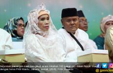 Pasangan Tertua Nikah Massal PKB Ingin Punya Anak Berapa? - JPNN.com