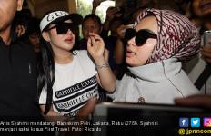 Soal Harga Tiket Konser Syahrini, Sang Manajer Bilang gini - JPNN.com