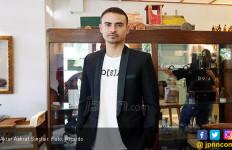 Ashraf Sinclair Kerap Tawarkan Tebengan untuk Artis Senior - JPNN.com