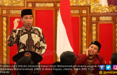 Akhirnya, Jokowi Blak-blakan soal Serbuan Tenaga Kerja Asing - JPNN.com