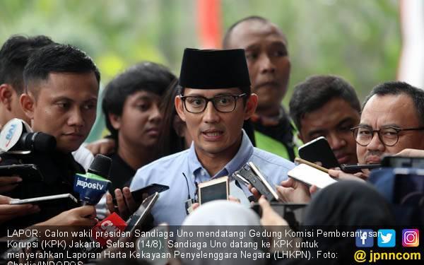 Kode 'Cap Jempol' di Amplop Serangan Fajar Bowo, Sandiaga: Mestinya Buat Petani - JPNN.com