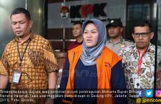 Neneng Yasin Melahirkan Anak Keempat - JPNN.com