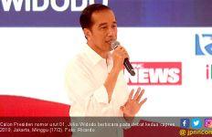 Ketika Jokowi Sambangi Milenial Kendari di Kedai Kopi - JPNN.com