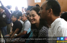 Ratna Sarumpaet Bebas, Atiqah Hasiholan Sibuk - JPNN.com