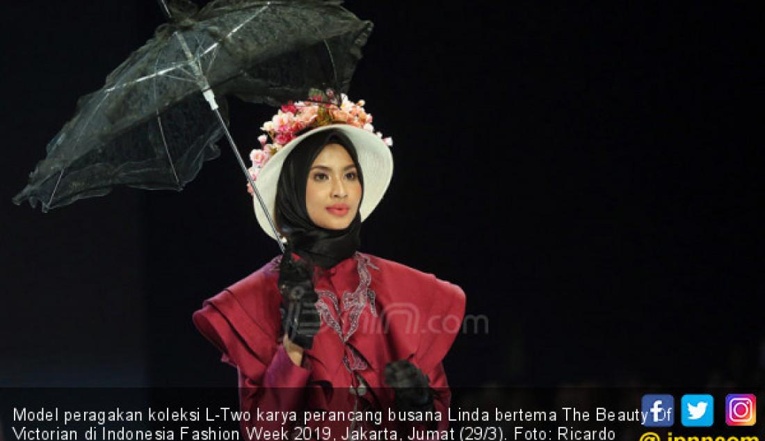 Perancang Busana Linda Tampil di Indonesia Fashion Week 2019 - JPNN.com