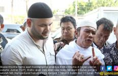 Masuk Penjara Lagi, Ridho Rhoma Cuma Bawa Bekal Ini - JPNN.com