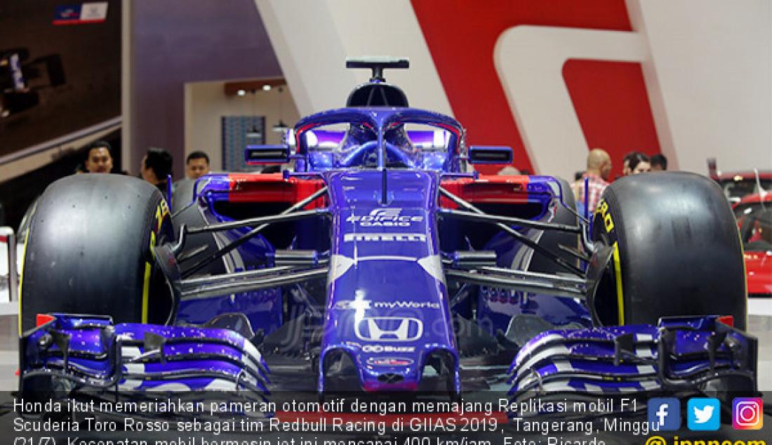 Honda ikut memeriahkan pameran otomotif dengan memajang Replikasi mobil F1 Scuderia Toro Rosso sebagai tim Redbull Racing di GIIAS 2019, Tangerang, Minggu (21/7). Kecepatan mobil bermesin jet ini mencapai 400 km/jam. Foto: Ricardo - JPNN.com
