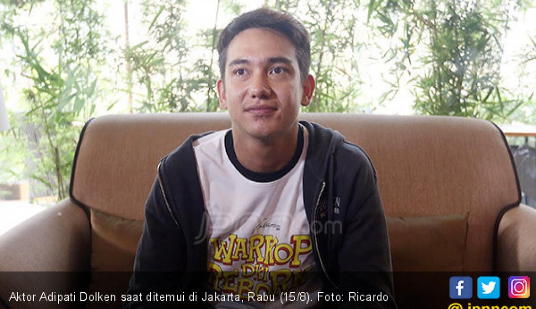 Aktor Adipati Dolken saat ditemui di Jakarta, Rabu (15/8). Foto: Ricardo - JPNN.com