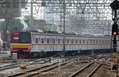 Mulai Hari ini, KCI Tambah 5 Perjalanan KRL - JPNN.com