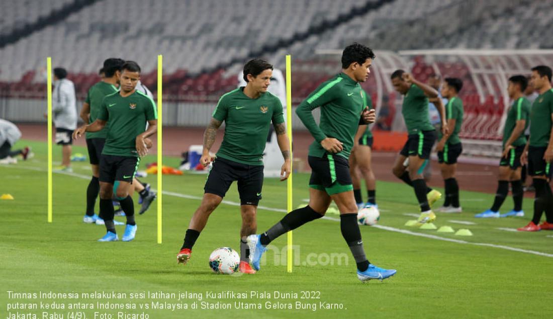 Timnas Indonesia melakukan sesi latihan jelang Kualifikasi Piala Dunia 2022 putaran kedua antara Indonesia vs Malaysia di Stadion Utama Gelora Bung Karno, Jakarta, Rabu (4/9). Foto: Ricardo - JPNN.com