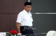 Pak Muhadjir Sebut Kasus Covid-19 di Indonesia Tak Terlalu Parah, Begini Alasannya - JPNN.com