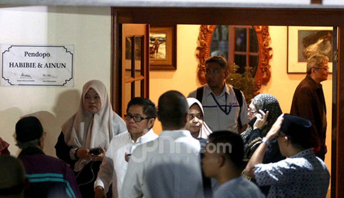Kediaman Alm. BJ Habibie Dipadati Pelayat - JPNN.com