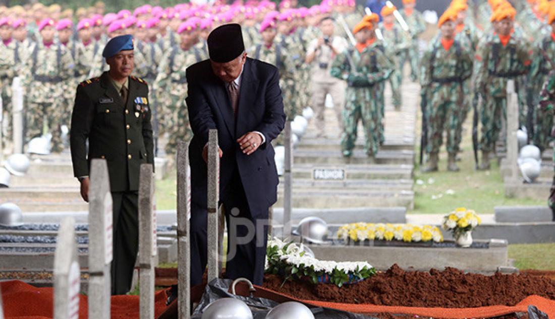 Keluarga Lepas Almarhum BJ Habibie - JPNN.com